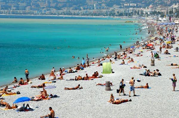 Девушки на пляже. Фото самых 82